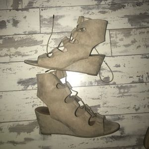 Dolce vita lace up shoes